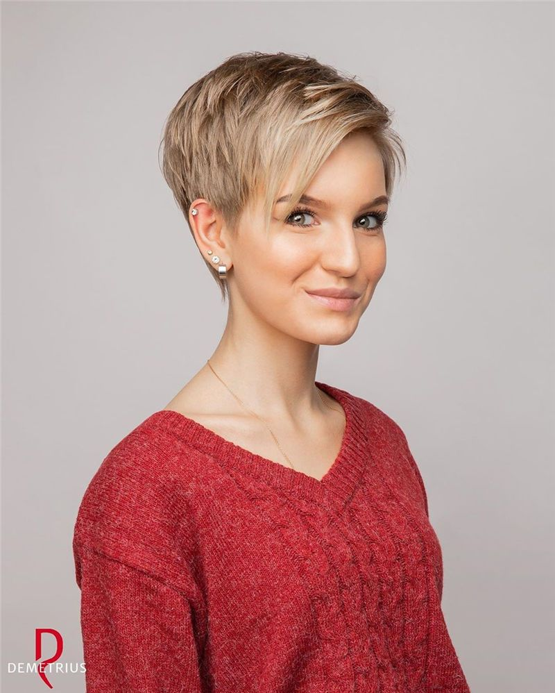 24 Stunning Pixie Haircuts That Make You Look Younger Styles Art In 2020 Short Hair Styles Pixie Haircut Short Hair Styles Pixie