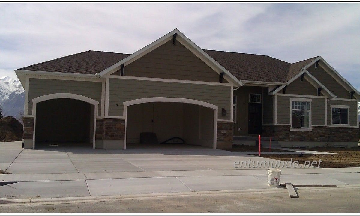 Amazing House Exterior Color Idea With Gray Wall With Gray