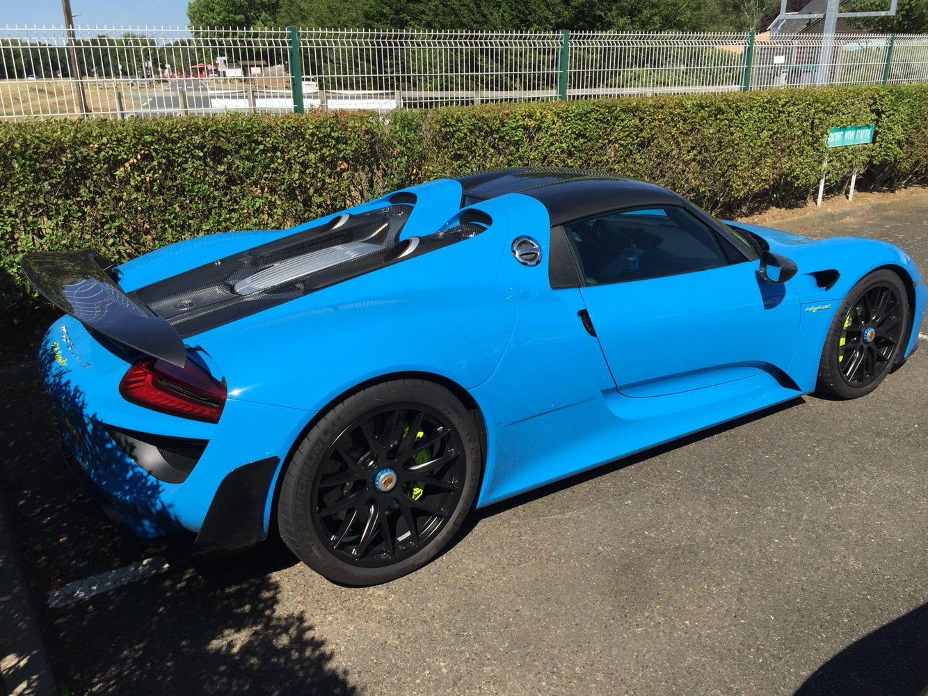 porsche 918 spyder mexico blue in le mans porsche porsche 918 sport cars porsche 918 spyder mexico blue in le