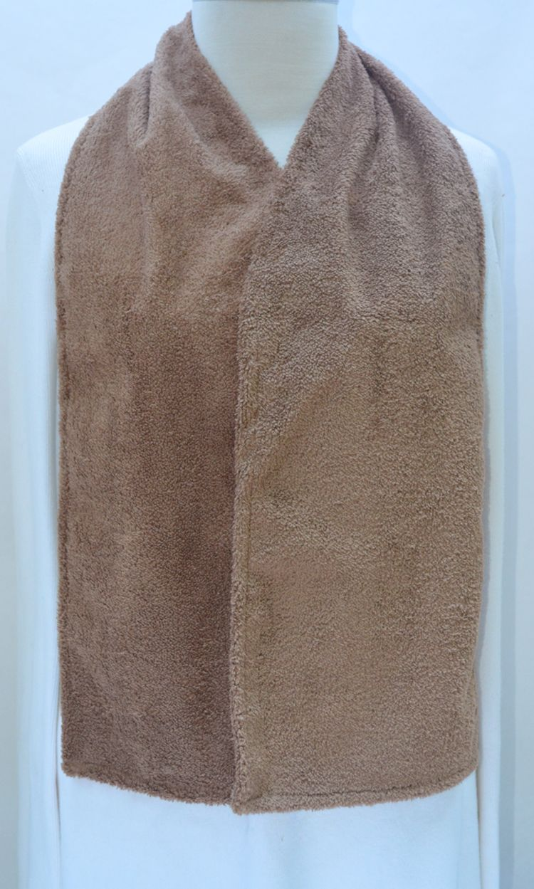 Cravaat Dining Scarf Adult Bib In Taupe Terry Waterproof