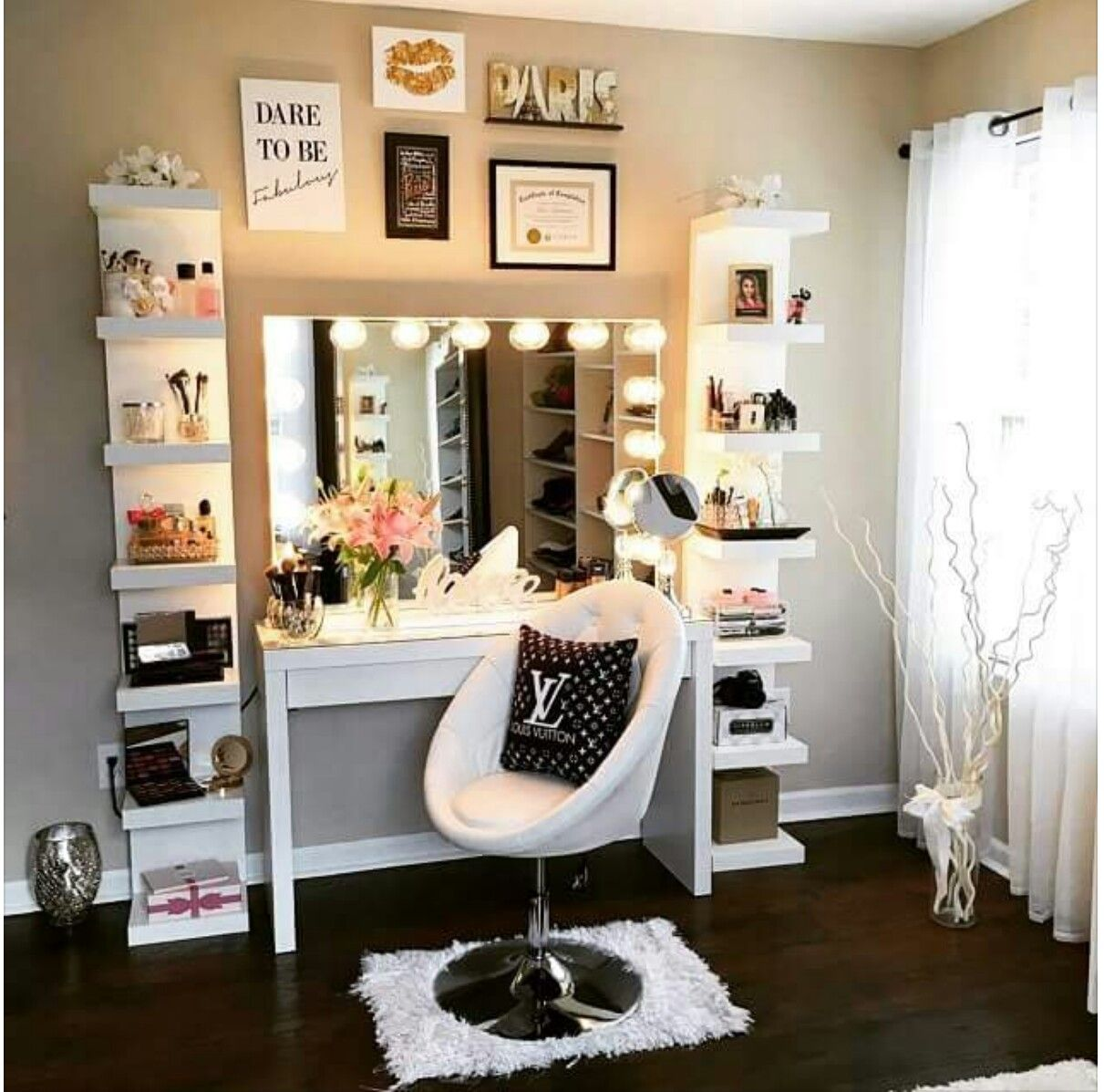 Karen S Makeup Station Bedroom Diy Bedroom Design Girl Bedroom Designs