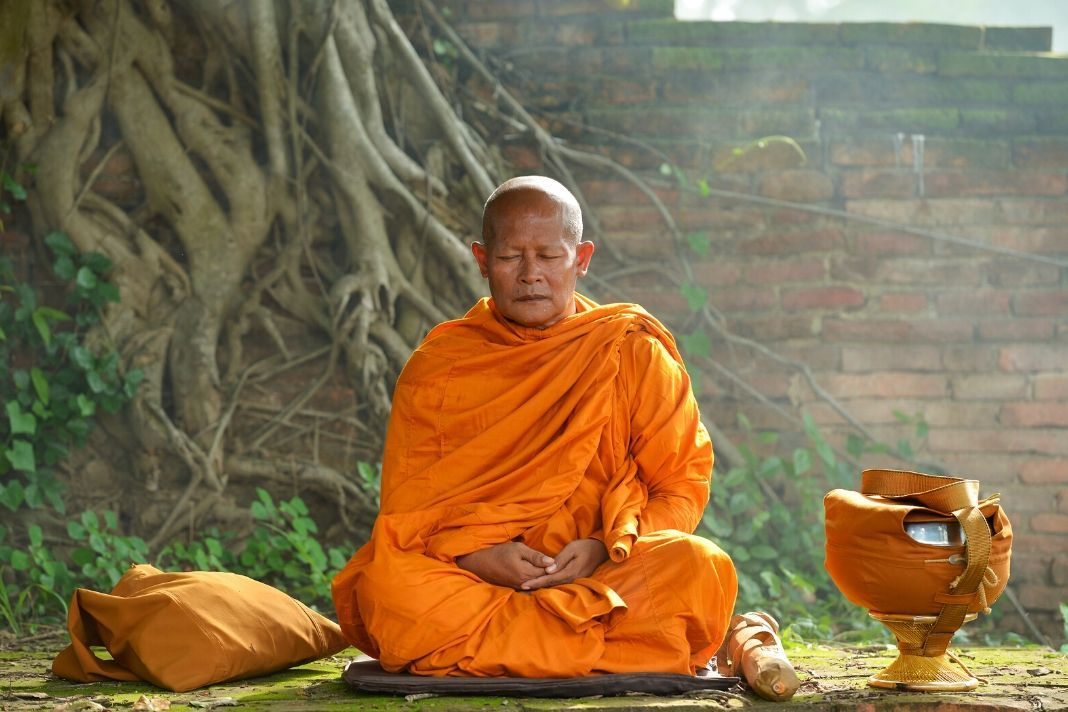 Know How to a Monk and Make a Living in 2020