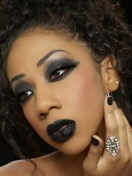 9 Best Halloween Makeup Looks 2013 Goth, Liz Taylor, Miley Cyrus - madonna halloween costume ideas