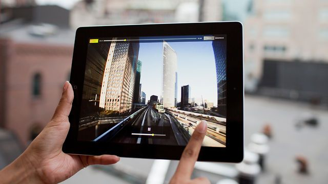 Software enables 180-degree pannable movies for the iPad