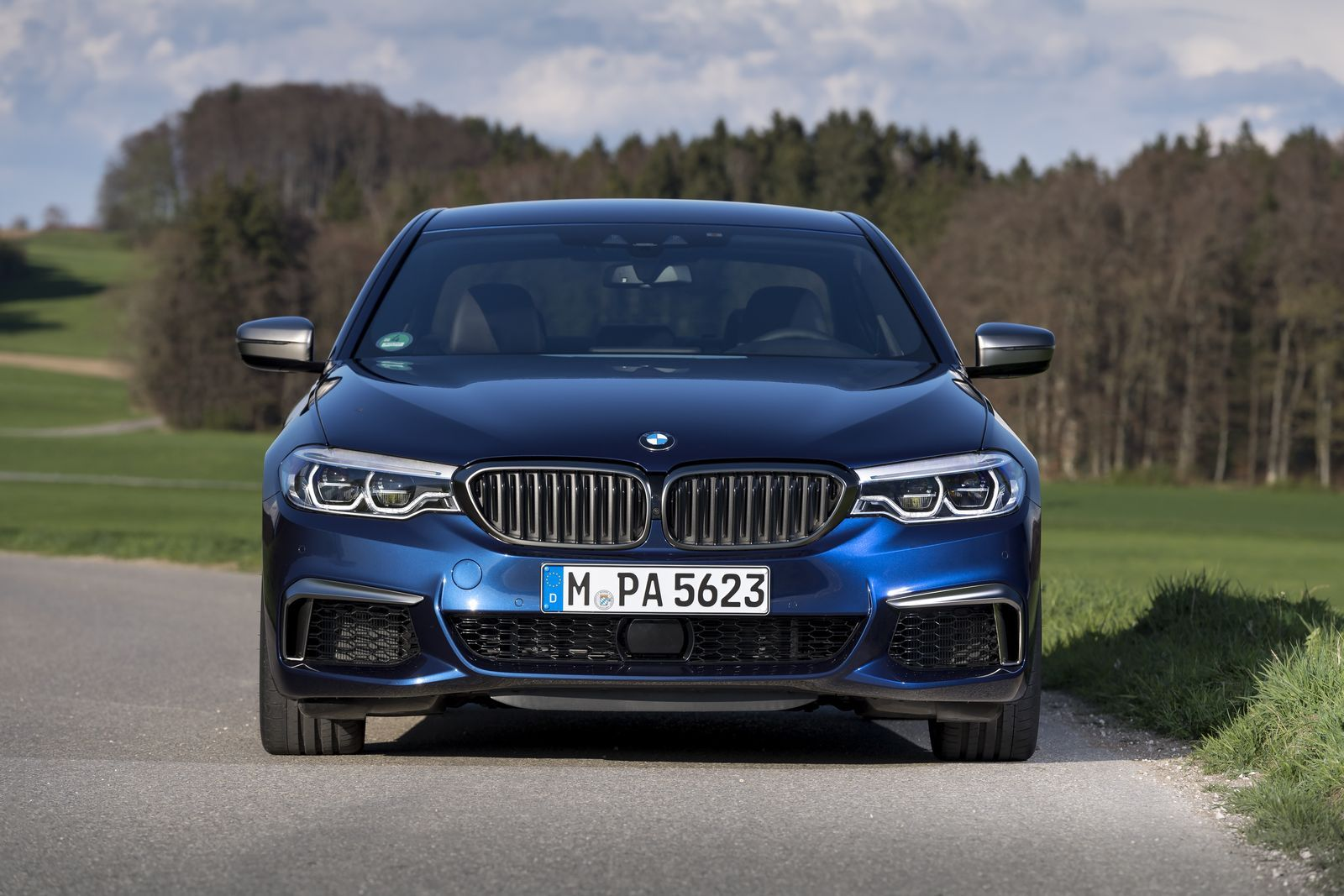 Bmw reveals every detail of m550i xdrive and 530e iperformance in mega gallery 164 pics gallerieshtml