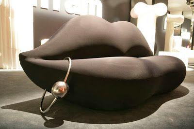 answer2_ sofa by Gufram