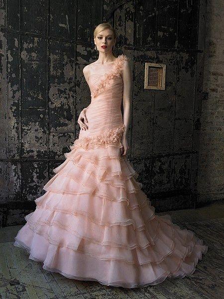 enchanting fairytale makeup peach colored ruffle wedding dress 7 playful ruffle
