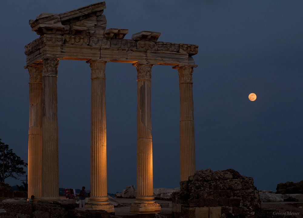 """""""Apollo Moonrise""""... The full moon rises over the Temple of Apollo in Side, Turkey. Side was an ancient Greek city in Anatolia on the Mediterranean coast. By Gernot Meiser http://www.twanight.org/newTWAN/photos.asp?ID=3003710=latest"""