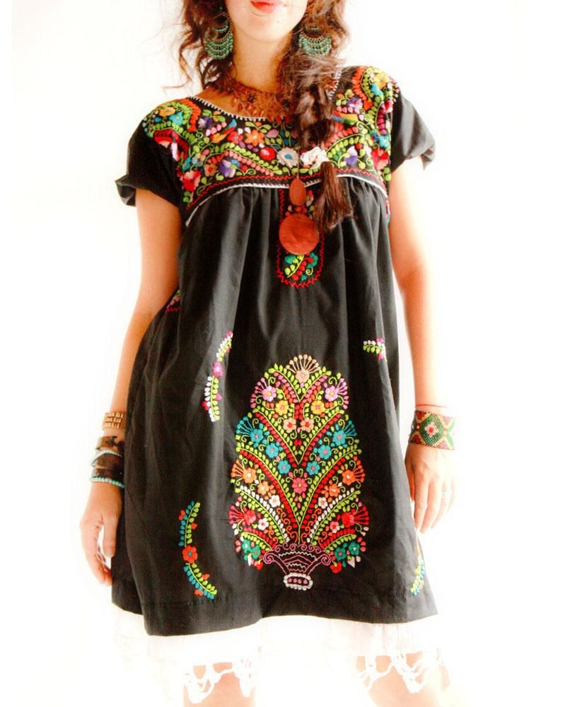 Luna De Octubre Mexican Hand Embroidered Dress By Aida Coronado My Absolute Favorite Folk Designer