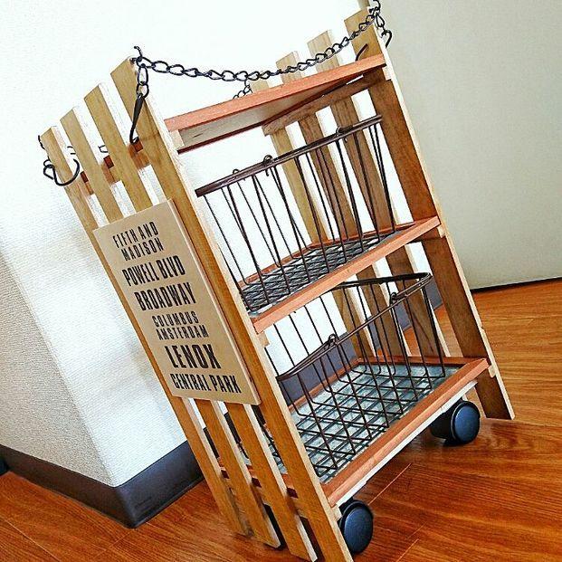 100均すのこも簡単アレンジ キャスター付きの家具をおしゃれにdiy