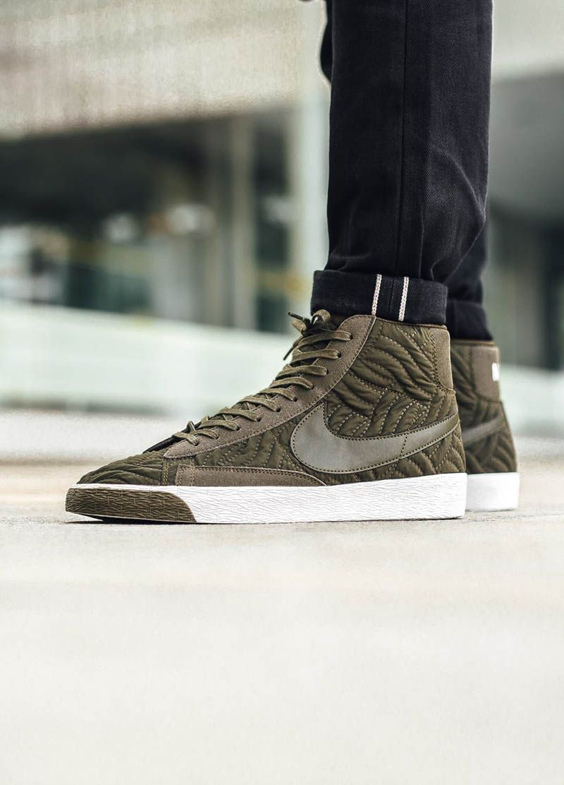 35aff32e648 NIKE Wmns Blazer mid Premium SE Nylon Quilted Like a Fall Jacket for Your  Feet