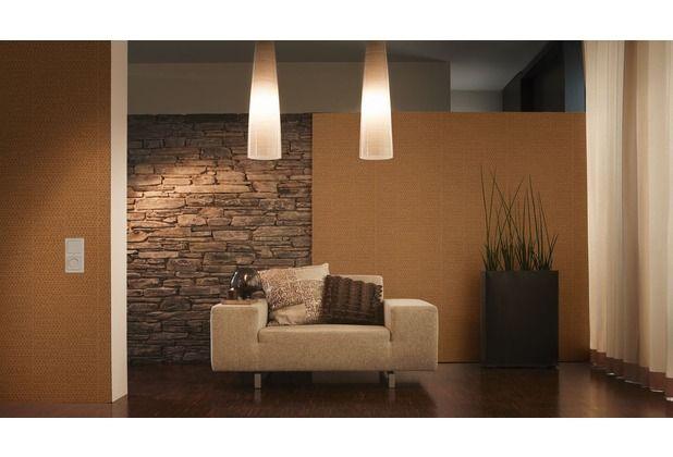 Auch in Kombination mit einer Tapete in Steinoptik wirkt diese - tapete steinoptik wohnzimmer