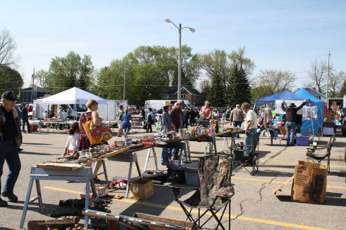 10 Amazing Flea Markets In Wisconsin You Absolutely Have To Visit