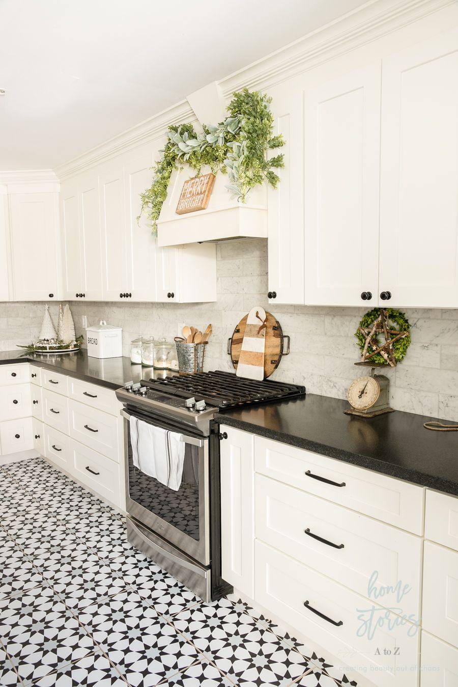 pin by patti boor on kitchen kitchen inspirations retro kitchen kitchen redo on farmhouse kitchen black and white id=29851