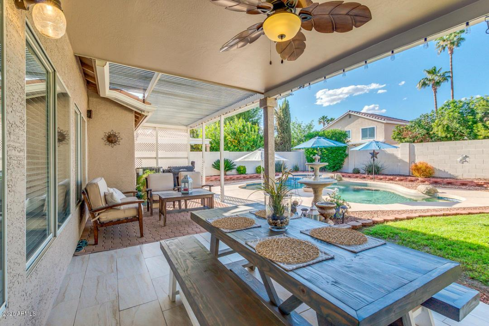 1050 W Cooley Dr Gilbert Az Ziprealty In 2020 Patio Outdoor