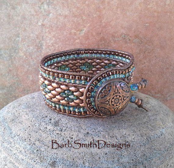 Azul cobre abalorios pulsera brazalete de por BarbSmithDesigns