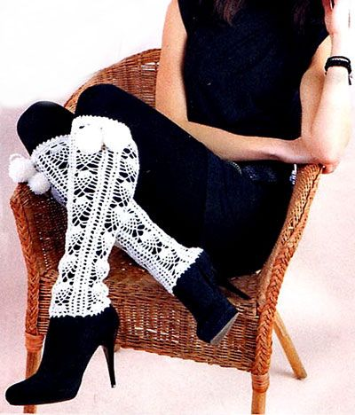 белые ажурные гетры  knee warmers (this would look better in a different color but they are cute).