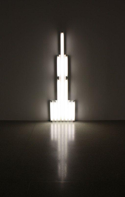 Beitrage Uber Dan Flavin Auf Artpjf Lichtkunst Leuchtstoffrohre Leuchten