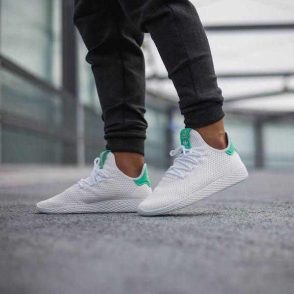 Pharrell Williams X Adidas Tennis Hu Green Glow Grailify Sneaker Releases Tenis Masculino Sapatos Masculinos Moda Masculina