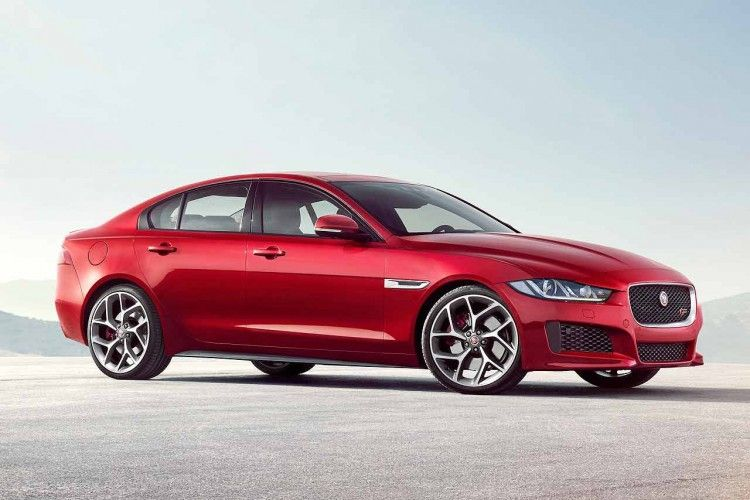 Can The Jaguar Xe Make A Dent In 3 Series Sales Jaguar Xe Jaguar Xf New Jaguar