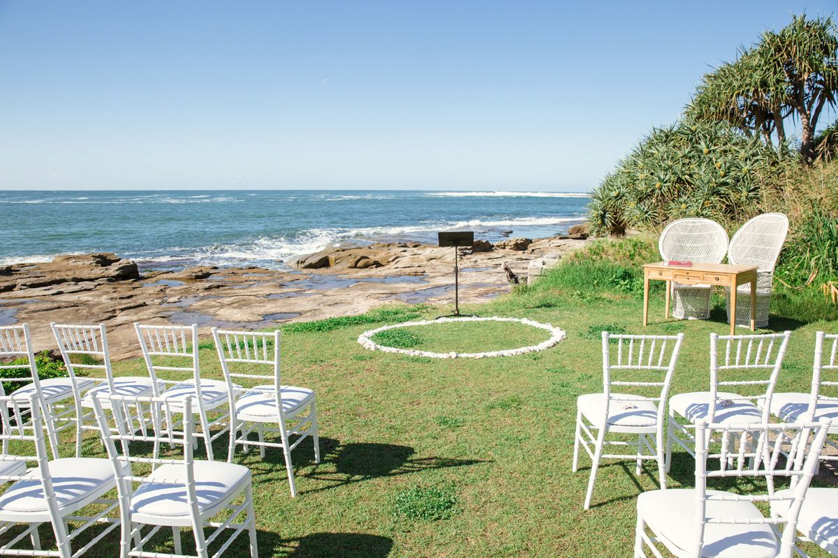 Katrina jacobs waterside white wedding in yamba weddings and katrina jacobs waterside white wedding in yamba junglespirit Choice Image