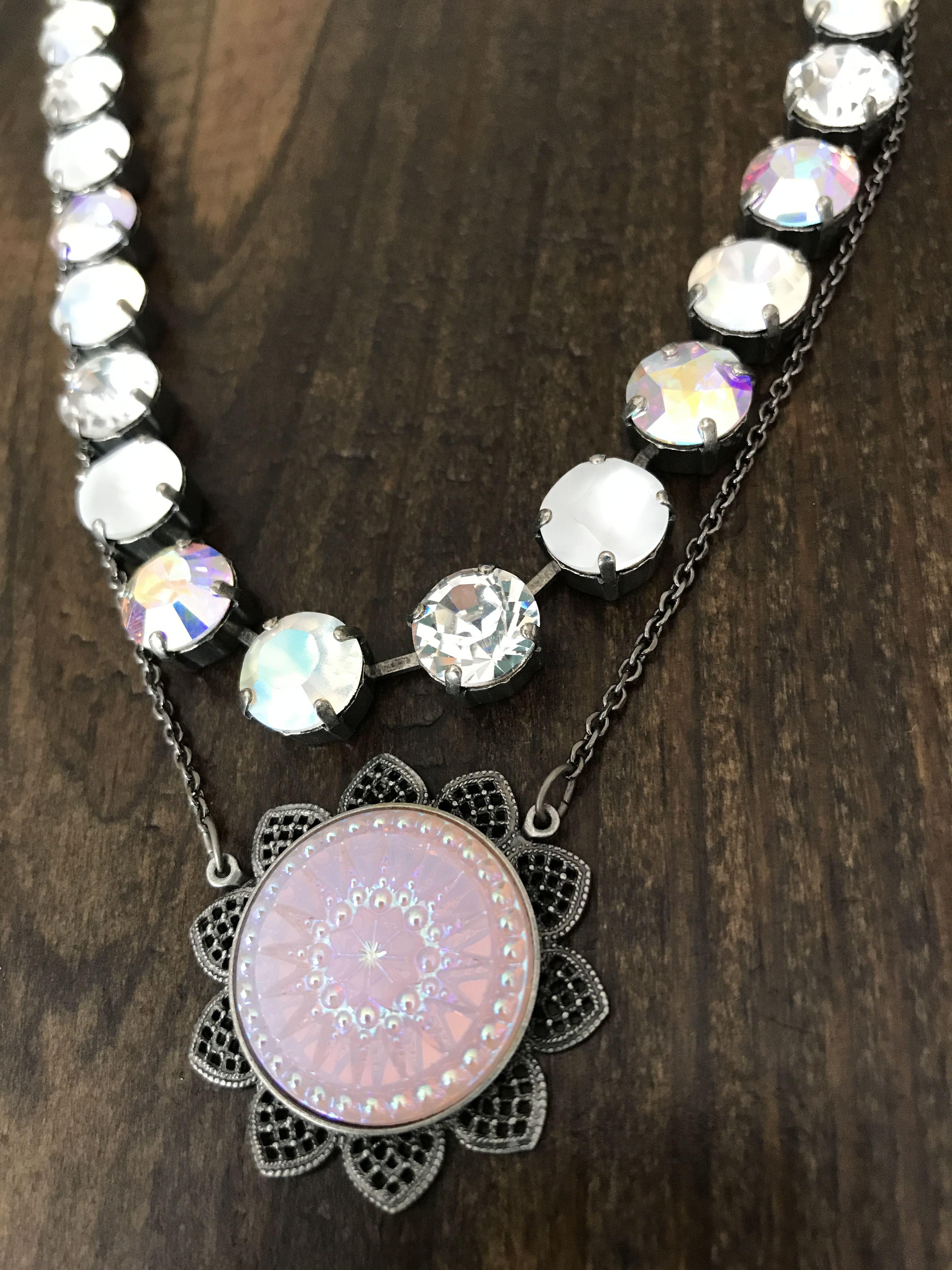 Sabika look necklace - Sabika Ornate Medallion With June 2017 Edition Necklace