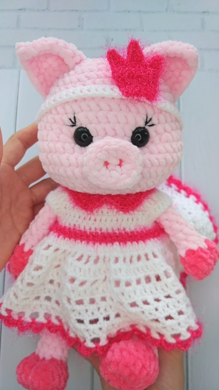 CROCHET PIG PATTERN - Amigurumi pattern pig toy - Stuffed Pig toy Pdf pattern - Plush toy #amigurumipattern