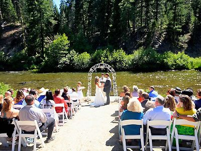 Twenty Mile House In Graeagle Lake Tahoe Wedding Location And Reception Venue Brought To You By Here Comes The Guide Californias Best Website