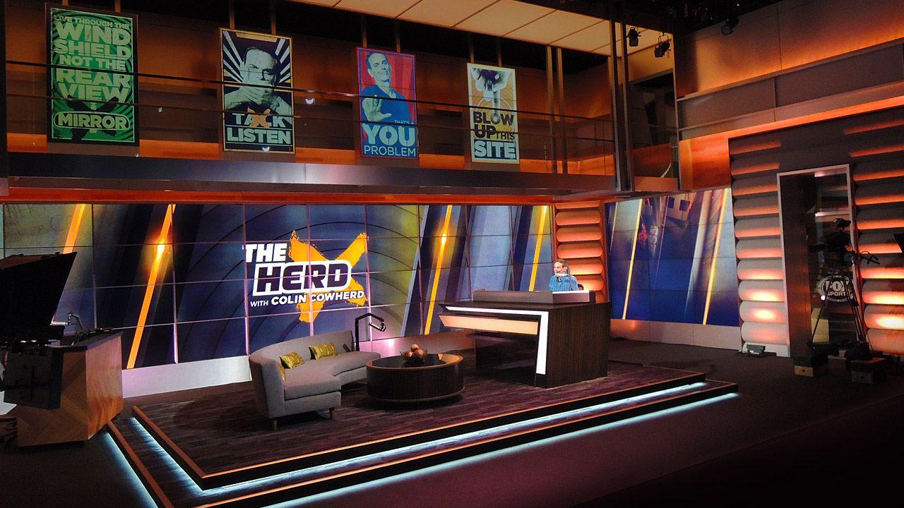 「fox sport studio」的圖片搜尋結果 Tv set design, Design, Stage