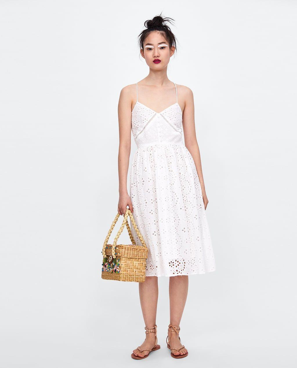 Immagine 1 di VESTITO TRAFORATO RICAMATO di Zara | Vestidos