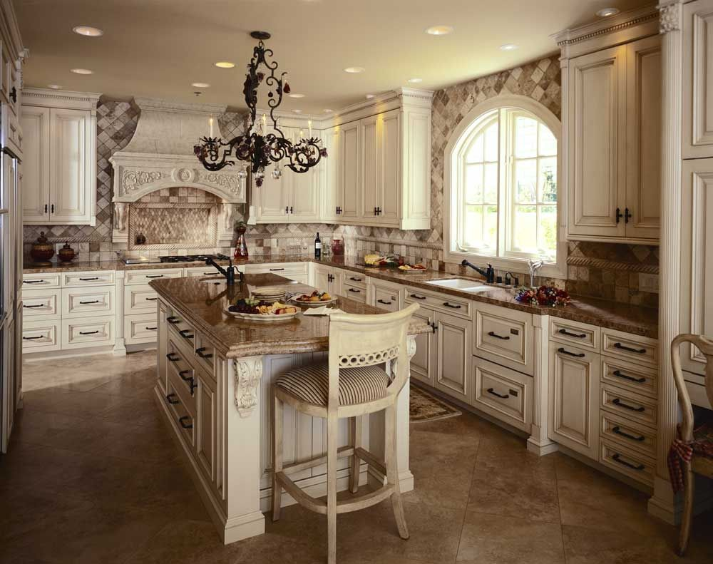 tuscan kitchens with white cabinets