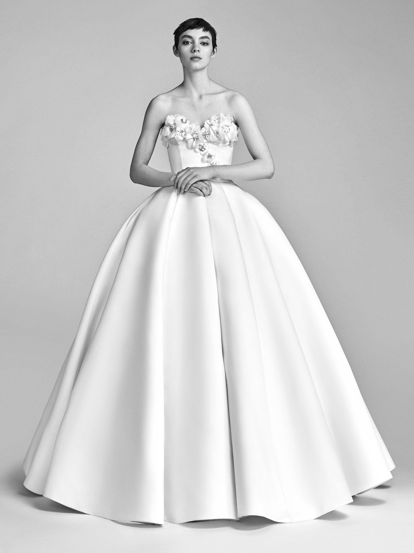 BLOOM BUSTIER GOWN — Viktor & Rolf Mariage SS18   Wedding Dress ...