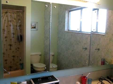 Recessed Mirrored Cabinet in Bathroom
