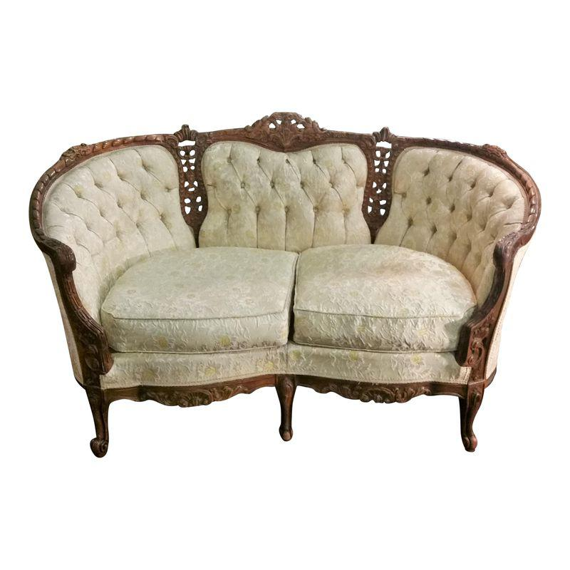 Lovely Vintage Living Room Ideas With Glamour Furniture: Vintage French Provincial Ornately Carved Small Settee
