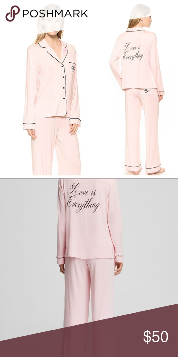Wildfox Love Is Everything Pajama Set Size S Wildfox women s Love is Everything  pajama set size small. This set does have some pilling. These are 30