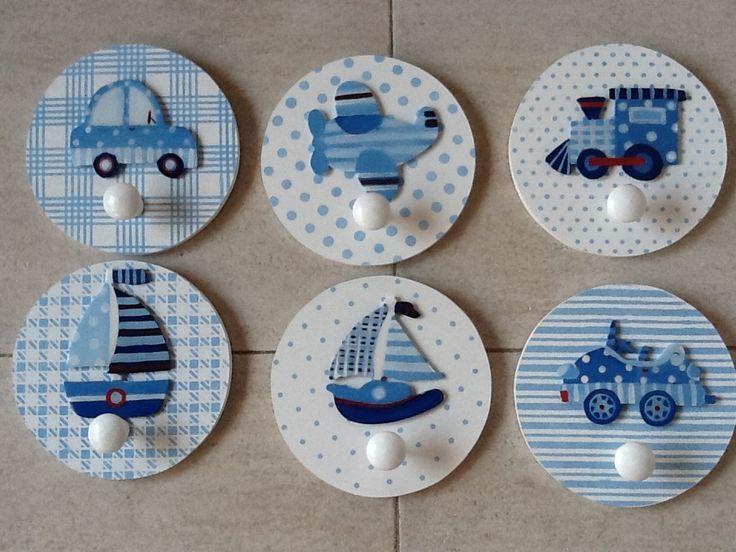 Imagenes de perchas decoradas buscar con google cosas - Perchas madera bebe ...