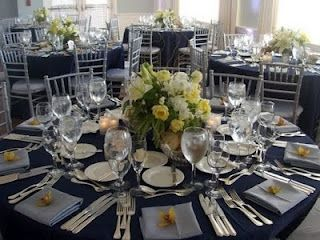 I Like This White Table Cloths To The Floor Navy Blue