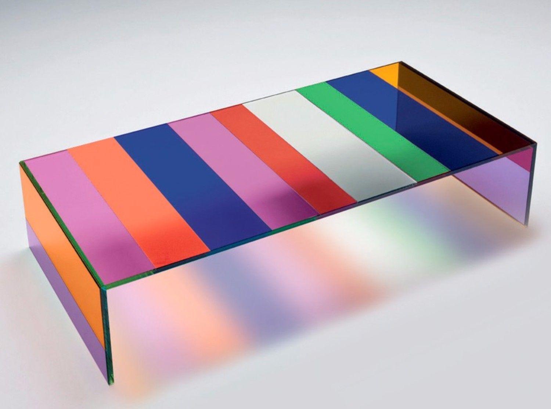 Marvellous Cheerful Colored Coffee Table Ideas | www.bocadolobo.com #bocadolobo #luxuryfurniture #exclusivedesign #interiodesign #designideas #coffeetableideas #brightcolors #moderncoffeetables #colorfultables