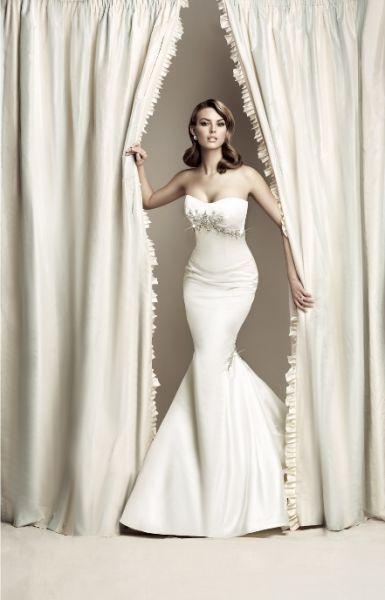Espectacular traje de novia linea sirena de Simone Carvalli ...