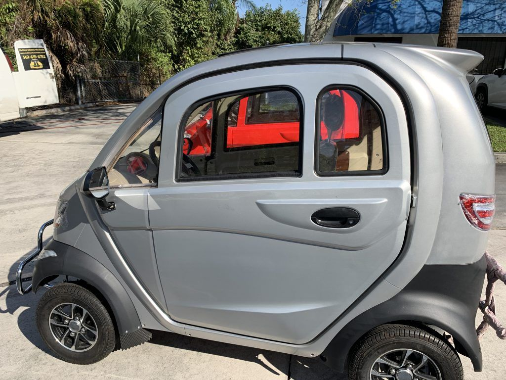 Enclosed Heated/Air Conditioned Electric Mobility Scooter
