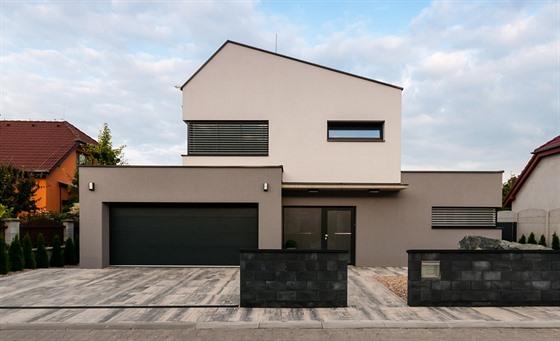 Výběr oken prozradí vkus majitele domu. Na zlaté pásky už zapomeňte – iDNES.cz