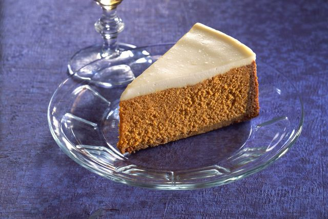 Pumpkin Cheesecake With Cinnamon Graham Cracker Crust And Sour Cream Topping Sour Cream Recipes Sour Cream Cheesecake Pumpkin Cheesecake Recipes