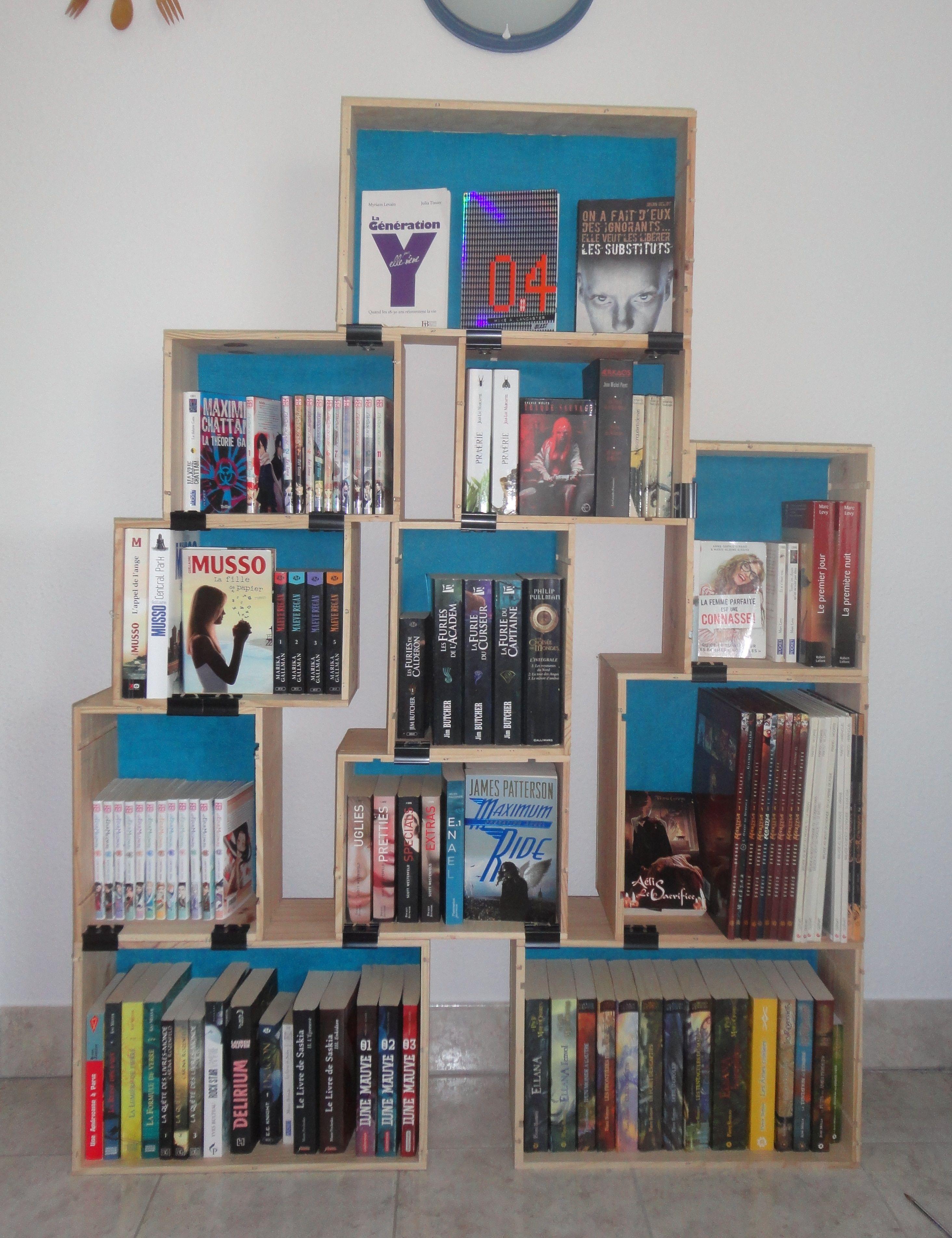 biblioth que diy caisse de vin en bois papier peint diy perso en 2018 pinterest caisses. Black Bedroom Furniture Sets. Home Design Ideas
