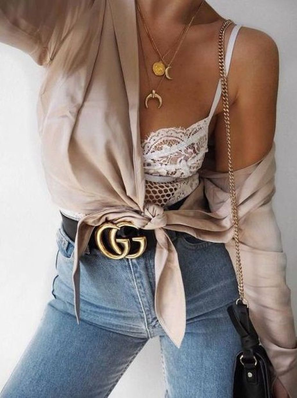 f5c00dab64 Awesome 55 Gorgeous Spring Clubbing Outfits Ideas 2018. More at  http   trendwear4you