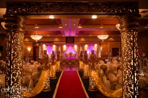 Nashville Tennessee Gold Indian Wedding Reception With