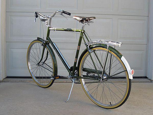 Vintage 1968 Raleigh Sports 3 Speed Cruiser Raleigh Bicycle Raleigh Bikes Bike Restoration