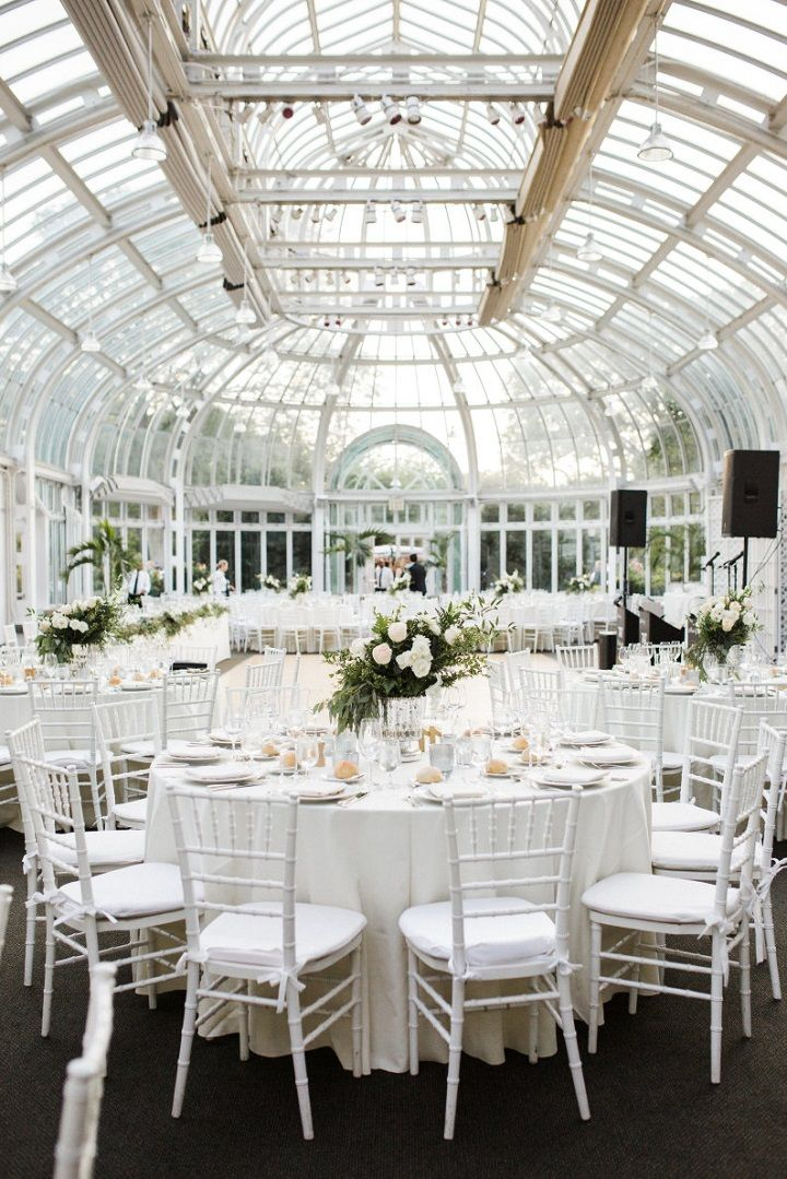 Botanical garden wedding recption #weddingrecpetion #botanicwedding #whiteweddingreception #elegantweddingreception #weddingreception #weddinginspiration