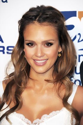 These are the most flattering highlights for your hair color these are the most flattering highlights for your hair color pmusecretfo Image collections