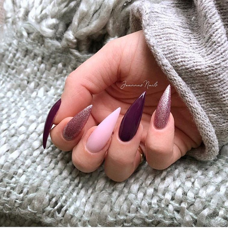 Beautiful nail art design to try this season - long coffin nails , autumn nails ,nail colors, fall nails , nail polis,acrylic nail art
