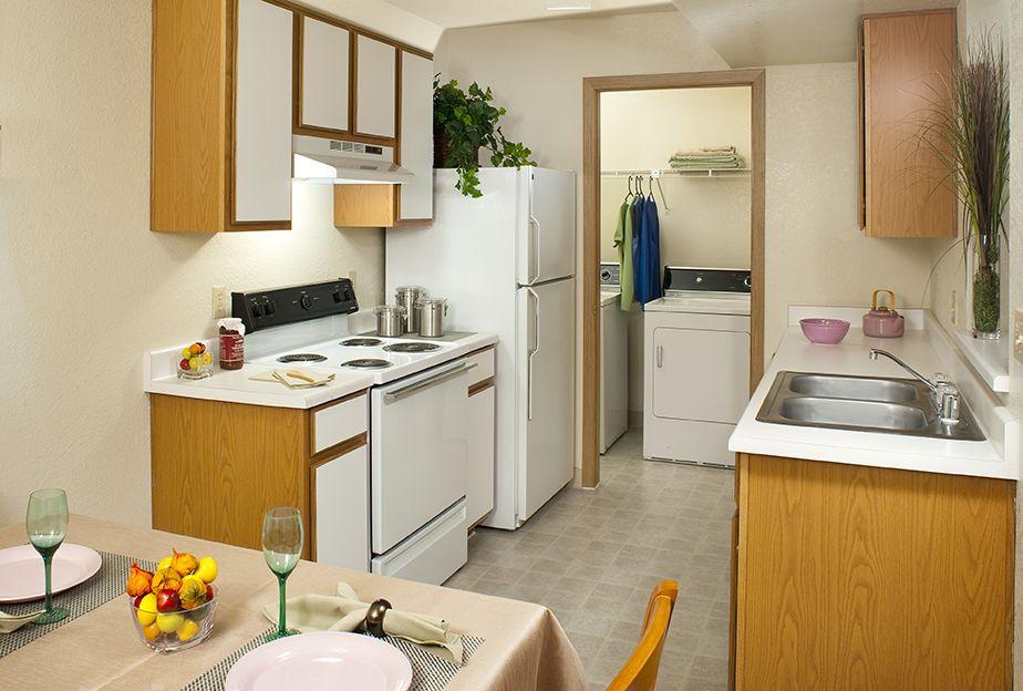 Emerald Springs Apartments Las Vegas, NV Kitchen